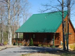High Country Haven-Mountain Views_ Pool Table_ Fire Pit_ WIFI_ Private, Jefferson