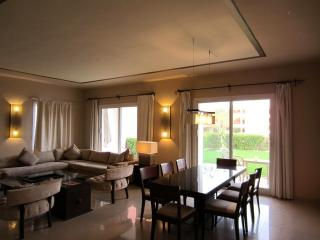 LUXURY 1 BD APARTMENT AT 5 STAR RESORT (10B1), Nabq Bay