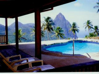 Rainbow Heights Villa, Soufriere