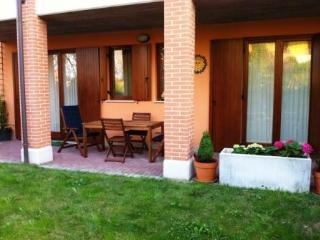 Holiday apartment private garden good position, Sirmione