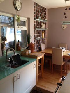 Kitchen / Diner with 'AGA, style Everhot cooker
