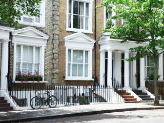 Cosy Studio at Earls Court Kensington London!, Londres