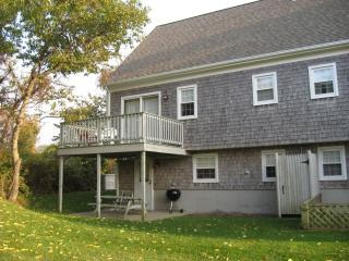 3BR 72 East Bay View Rd, Dennis, MA