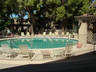 2 Bed room condo in the heart of Scottsdale
