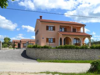 New Villa for special Holidays, Pazin