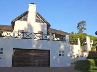 28 Kalden Drive, Somerset West