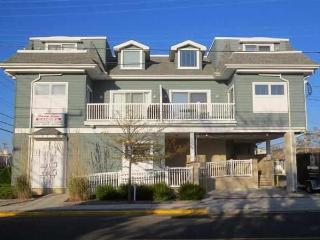 3289 Dune Drive in Avalon, NJ - ID 641458