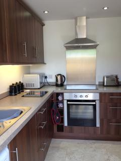 Spacious fully equipped Kitchen - Gypsy's Stall