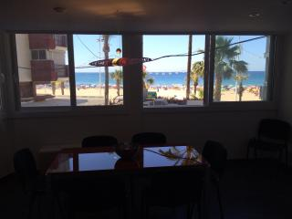 BENIDORM LEVANTE BEACH OPEN FLOOR APARTMENT, Benidorm
