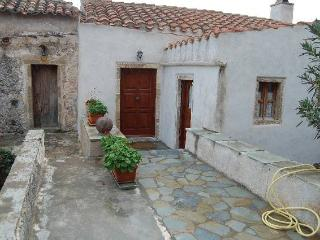 House 'Goulas II ' for 6-8 persons at Monemvasia