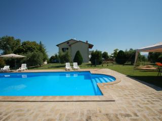 Secluded house with private pool, Acquasparta