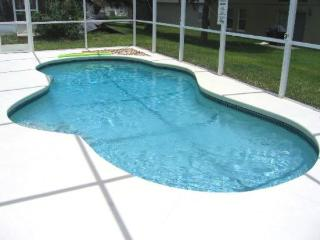 Superior 3 Bedroom Pool Home Close to Disney, Clermont