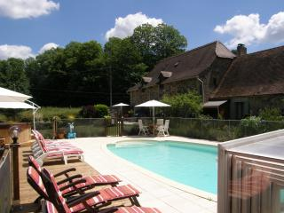 Gites with a Pool - Gite 1, Cendrieux