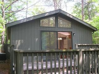 Pinecrest Cottage 7, Hedgesville