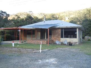 Redgums Holiday House, Halls Gap