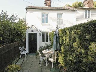 AUTUMN COTTAGE, Hawkhurst