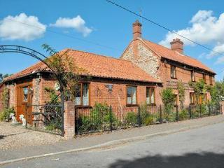 THE LODGE - THE OLD FORGE, Melton Constable