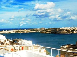 Panoramic Deluxe Penthouse - Valletta Centre
