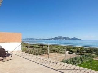 Waterfron Luxury House 8 pax, Playa de Muro