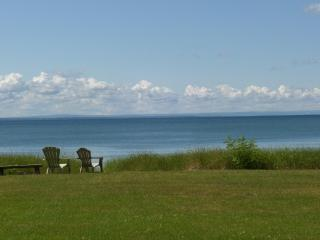 Gorgeous, Private Beachfront Cottage, Crystal Beach