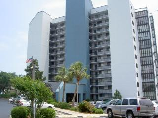 3 BR Condo Sep--Dec avail. 1 blk to Beach, Myrtle Beach