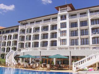 5* TRIUMPH HOLIDAY VILLAGE - APARTMENT RENTAL., Sveti Vlas