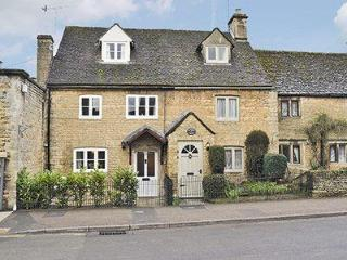 STATION COTTAGE, Bourton-on-the-Water