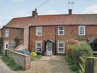 HOLLYHOCKS COTTAGE, Hunstanton