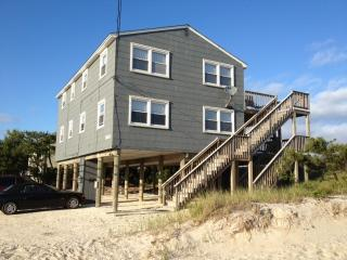 Oceanfront Magnificent Views, Beach Haven