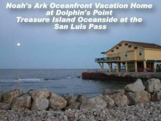 Oceanfront w Great Fishing!, Galveston