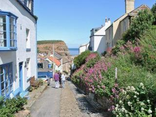 FELICITY COTTAGE, Staithes