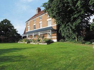 Harbury Fields Farmhouse, Warwick