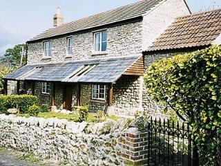 PRETTY BOX COTTAGE, Beaminster