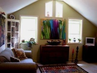 Eclectic One Bedroom Cottage in the Hudson Valley, New Paltz