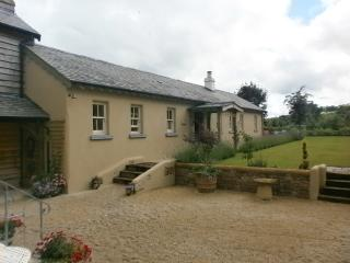 Old Forge I Cottage    4 Star!, Nenagh