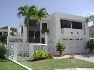 Chalets de Dorado del Mar/Private Gated Community