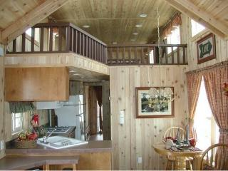 Country Setting - Comfy Cabin., Kearney