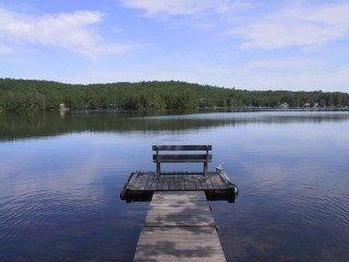 5 Acres Lakefront Estate Villa w/500' waterfront, Litchfield