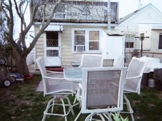 Updated 3-bedroom house with private yard, Seaside Heights