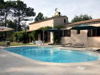 5140 Villa with air con and private fenced pool, Figanieres