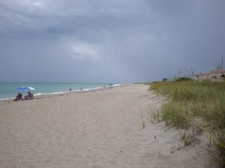 Winter Beach Escape on the Treasure Coast of FL!, Fort Pierce
