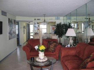 Beach Front Condo, Fort Pierce