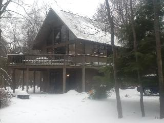 Lg Pocono Chalet -Great for Family/Friend Reunions, Albrightsville
