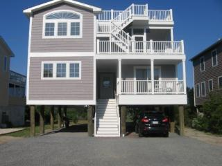 5BR - 3.5BA walk to beach, ROOFTOP DECK!, Bethany Beach