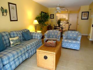 Affordable, 1st Floor Villa, Just Steps From Beach, Hilton Head