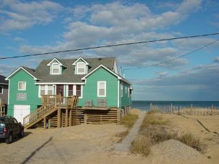 OCEANFRONT--AS CLOSE AS YOU CAN GET !!ON THE BEACH, Kitty Hawk