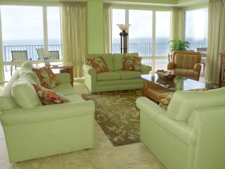 4 Bedroom PENTHOUSE * 2 Gulf Front Master Suites, Panama City Beach