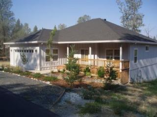 Spacious New Home in Forest Meadows Golf Resort, Murphys
