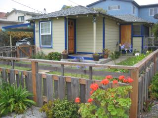 Lovely 2 Bedroom 1 Bath, Walk to the Beach, Morro Bay
