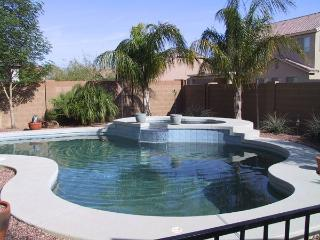 4 BEDROOM VACATION HOME WITH HEATED POOL & SPA, Casa Grande